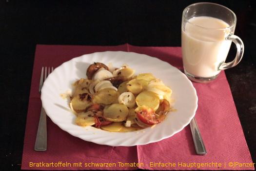 Bratkartoffeln mit schwarzen Tomaten – Hauptgerichte