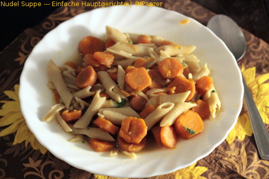 Nudel Suppe — Einfache Hauptgerichte