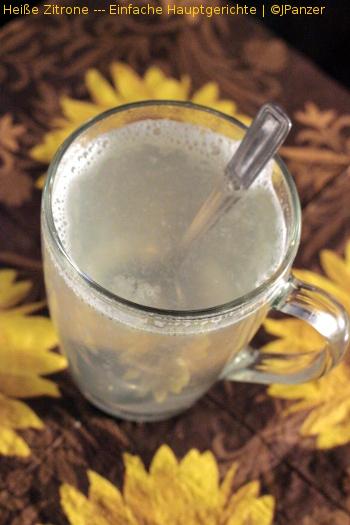 Heiße Zitrone — Einfache Getränke