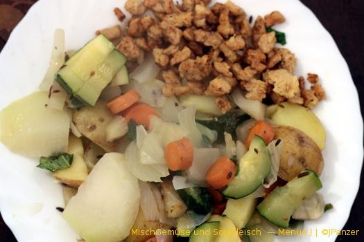 MischGemüse und SojaFleisch — Menü
