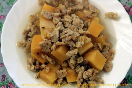 Wruken Eintopf mit SojaFleisch — Hauptgericht