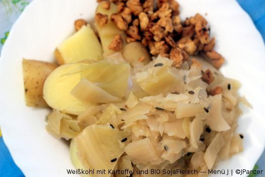 Weißkohl mit Kartoffel und BIO SojaFleisch — Menü