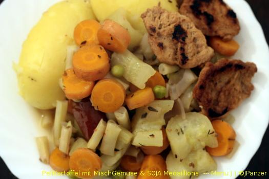 PellKartoffel mit MischGemüse & SOJA Medaillons