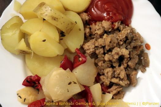 Paprika Kohlrabi Gemüse & Soja Fleisch — Menü