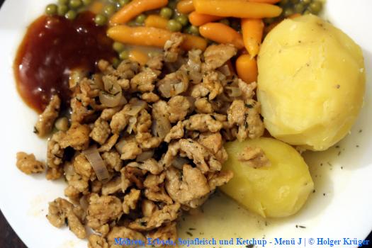 Moehren, Erbsen, Sojafleisch und Ketchup – Menü