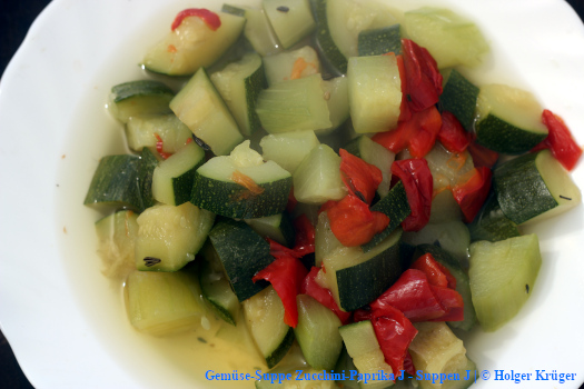 Gemüse-Suppe Zucchini-Paprika | J – Suppen