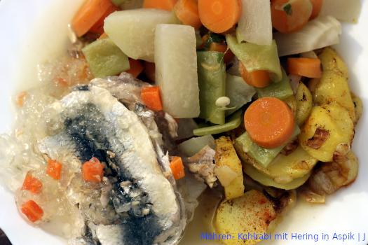 Möhren- Kohlrabi mit Hering in Aspik – Menü | J