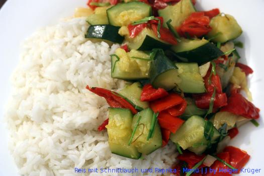 Reis mit Schnittlauch und Paprika – Menü | J